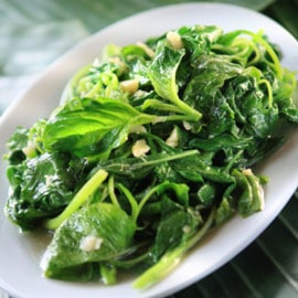 Eat spinach for strength and nutrition after weight loss surgery in Dallas